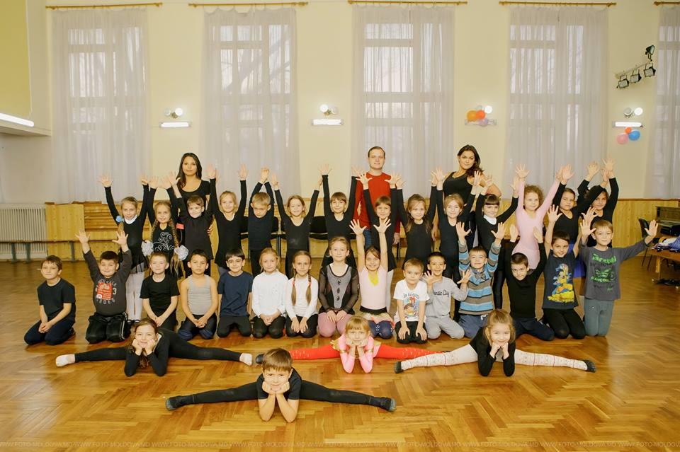 Концерт 18.12.2010 Танцы в Центре Кишинева