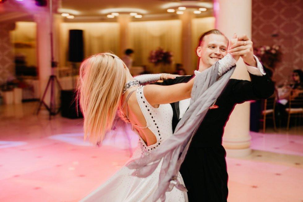 Totul despre dansuri!